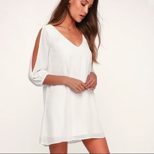 Lulu's all white shifting dress with cutout